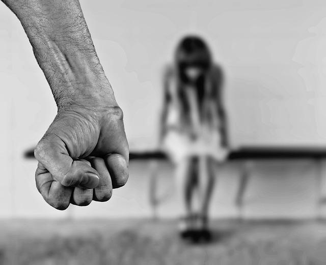 násilí páchané na ženách